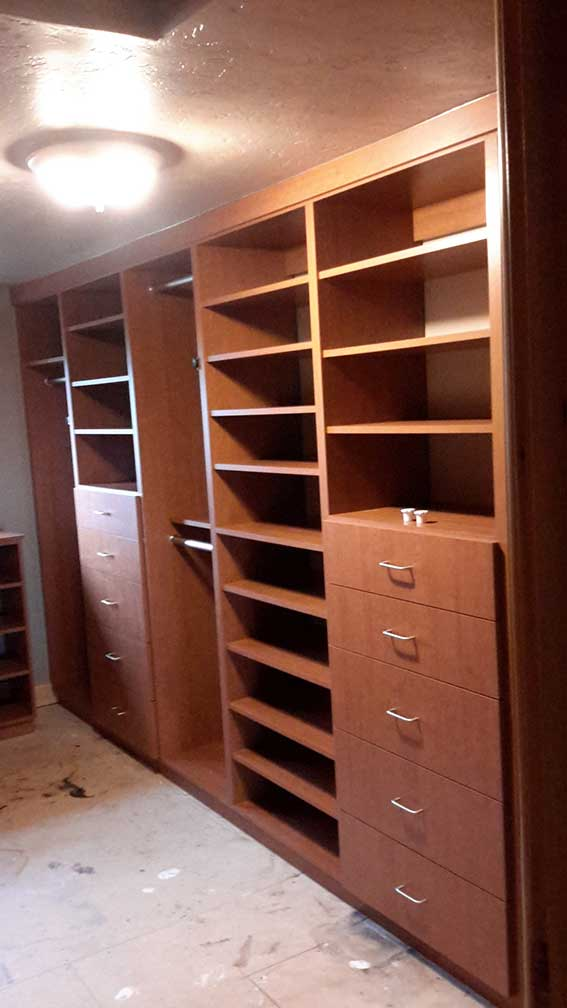 About valley closets for Jackson wy alloggio cabine